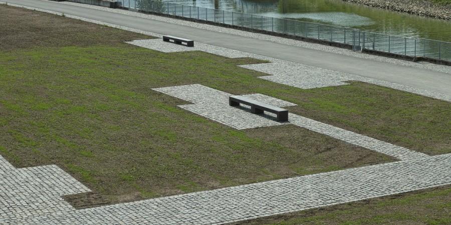 LIGE 200, anthrazit, Rheinboulevard Köln-Mülheim, Foto: Tjark Wegner, Köln